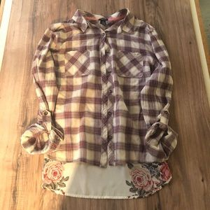 rue21 plaid and rose pattern woven